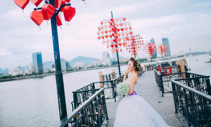 Wedding photo at Love Bridge - CHICLAND hotel