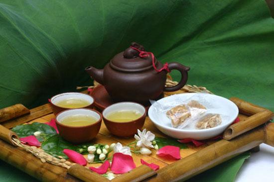 Tea ceremony at CHICLAND hotel